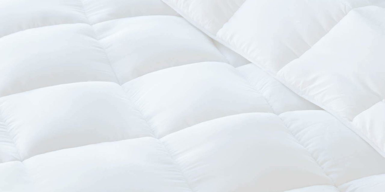 LINENSPA All Season White Down Alternative Quilted Comforter Review 2019